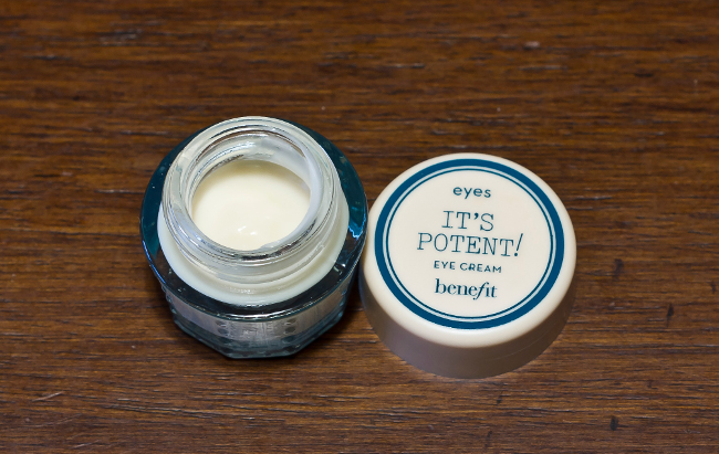 benefit it's potent eye cream 02