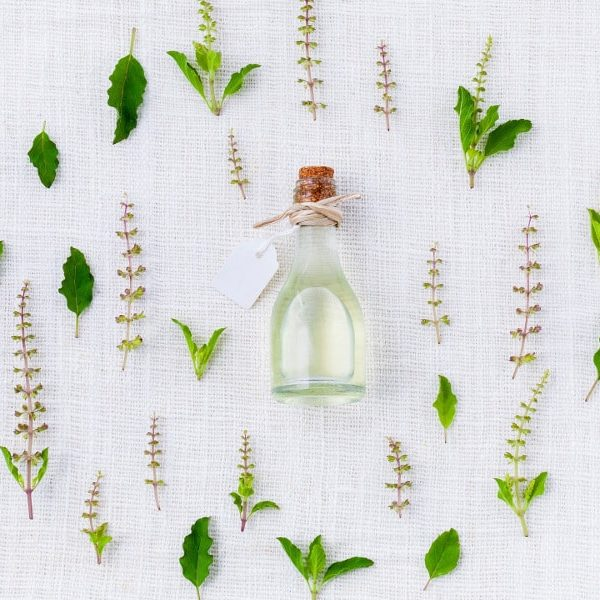 The Complete Guide To Facial Oils