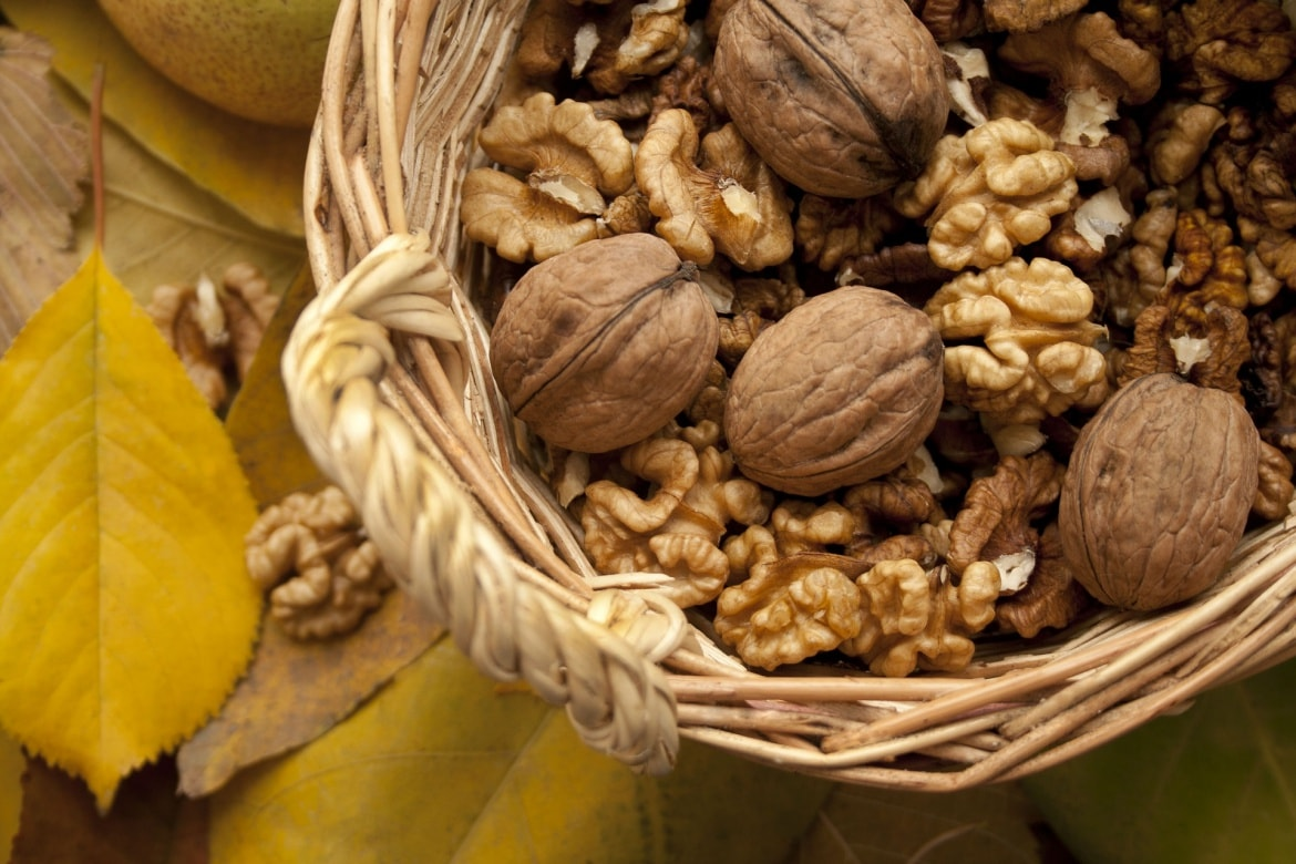 diet change for healthy skin nuts